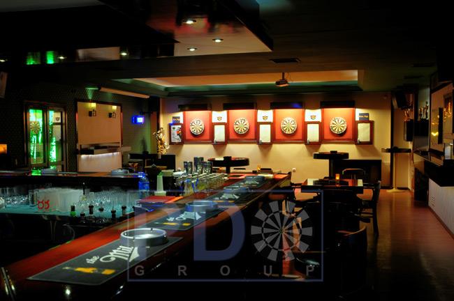 PDO - Professional Darts Organisation Group Scratch Art Roses